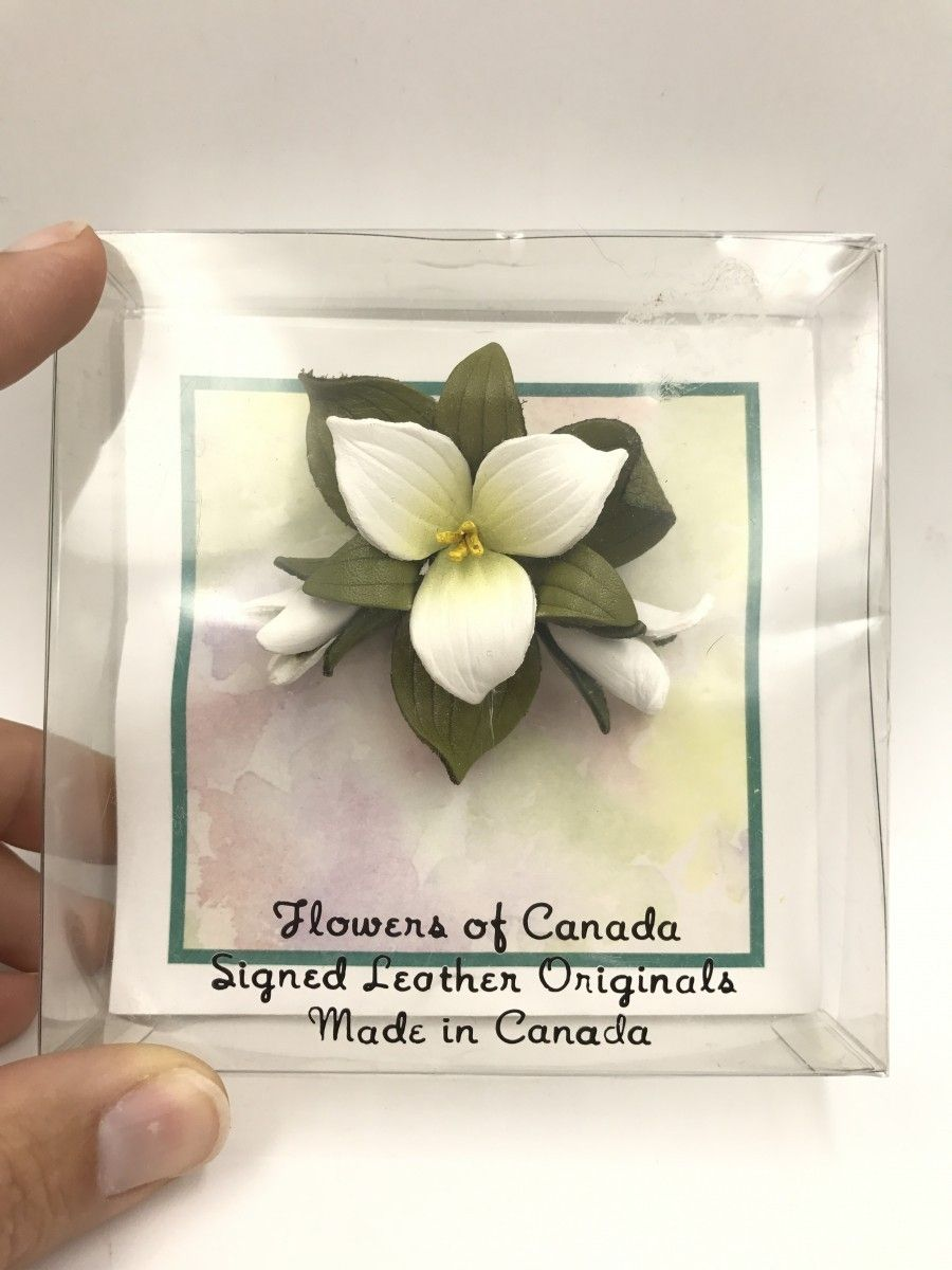 Vintage Hinterland Canada Leather Trillium Flower Pin