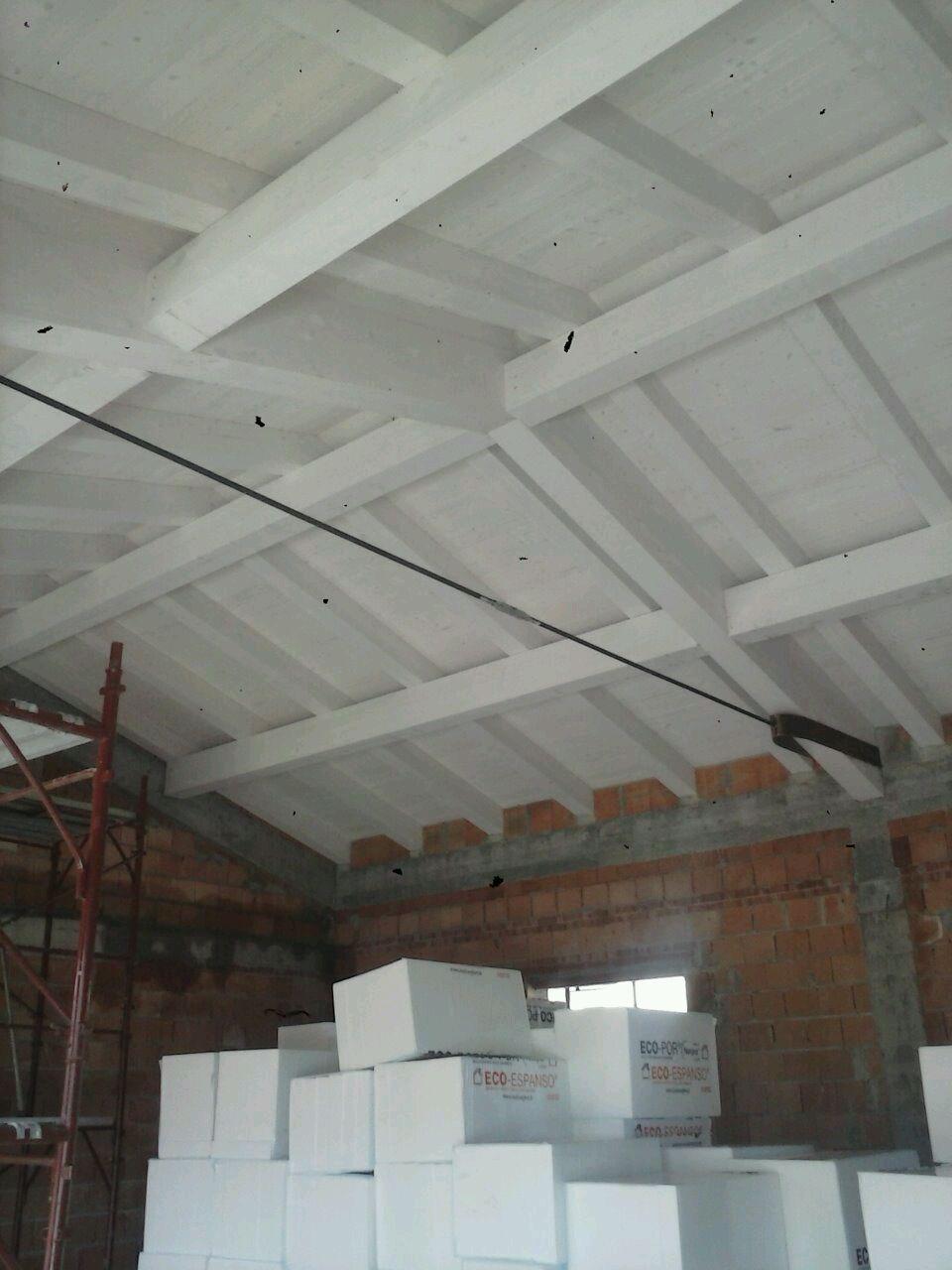 Colori Tetti Legno Lamellare tetto in legno lamellare di abete rosso sbiancato costruito