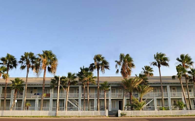 The Tarpon Inn is well over a hundred years old, and that's plenty of time to…