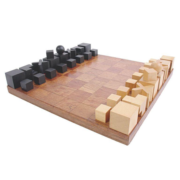 Modernist bauhaus chess set designed by josef hartwig modern games chess sets and chess - Bauhaus chess board ...