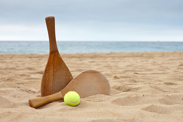 Estas son las actividades que tenemos este fin de semana en la playa de #Talamanca, para grandes y pequeños.  ¡GRATIS MOOOLA!  http://intothewild.es/la-playa-esta-abierta/