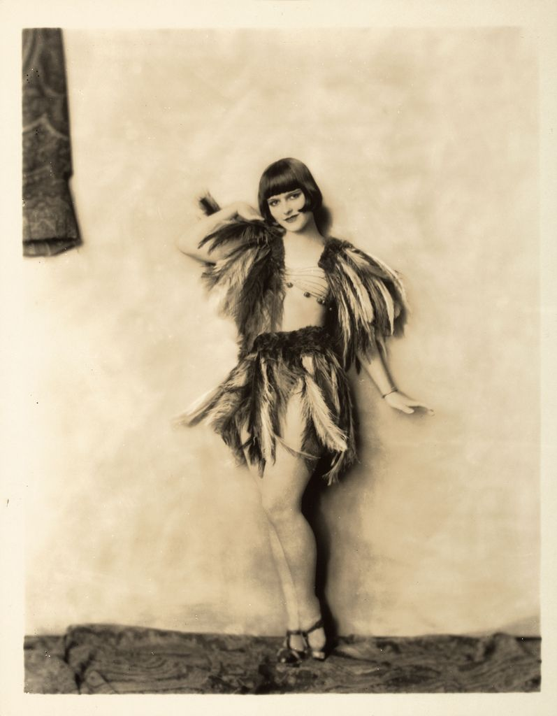 Louise Brooks portrait by Alfred Cheney Johnston.