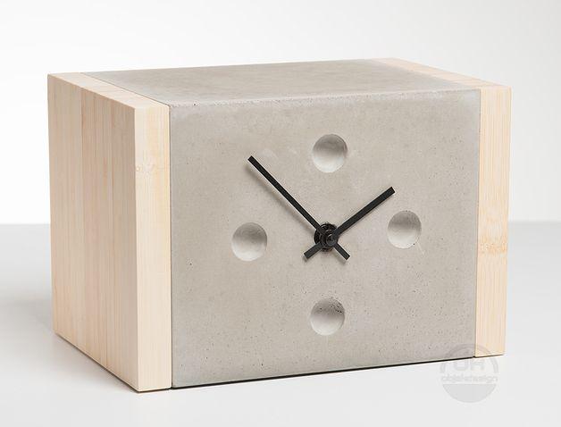 Nachttisch Uhr