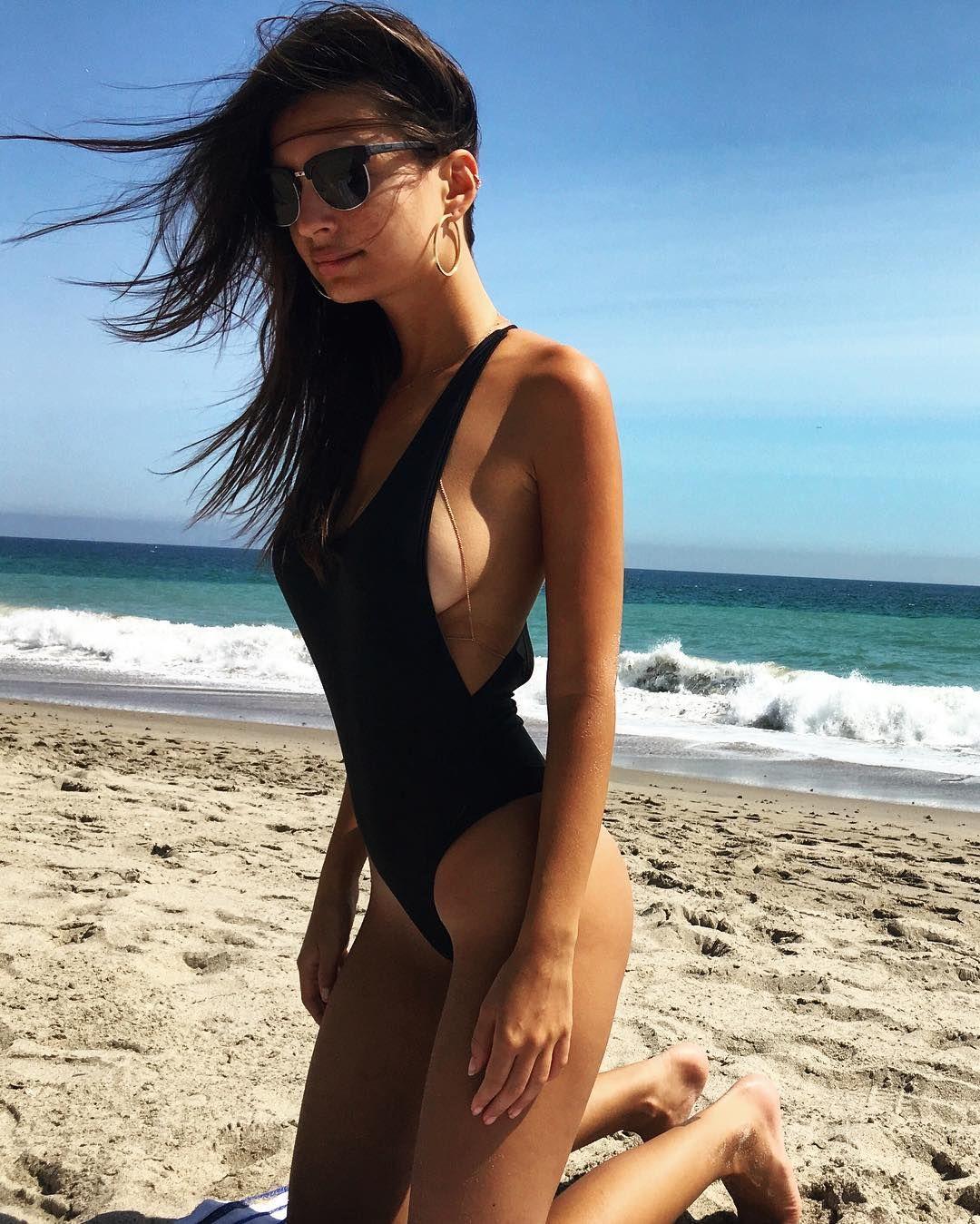 Celebrites Emily Ratjkowski nude photos 2019