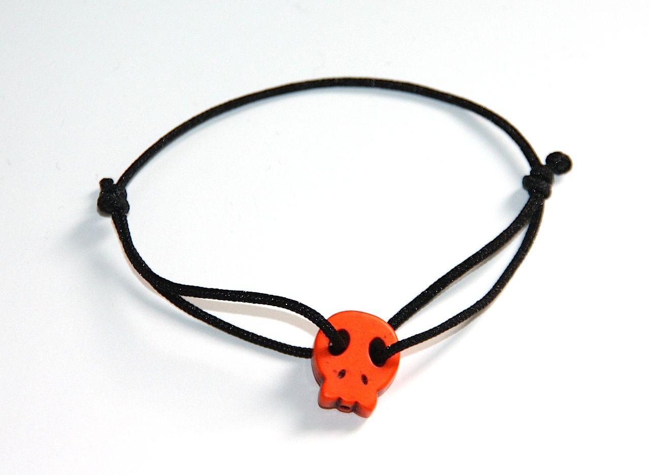 """Bracelet """"tete de mort"""" http://www.horsducommun.fr/42-bijoux-fantaisie"""