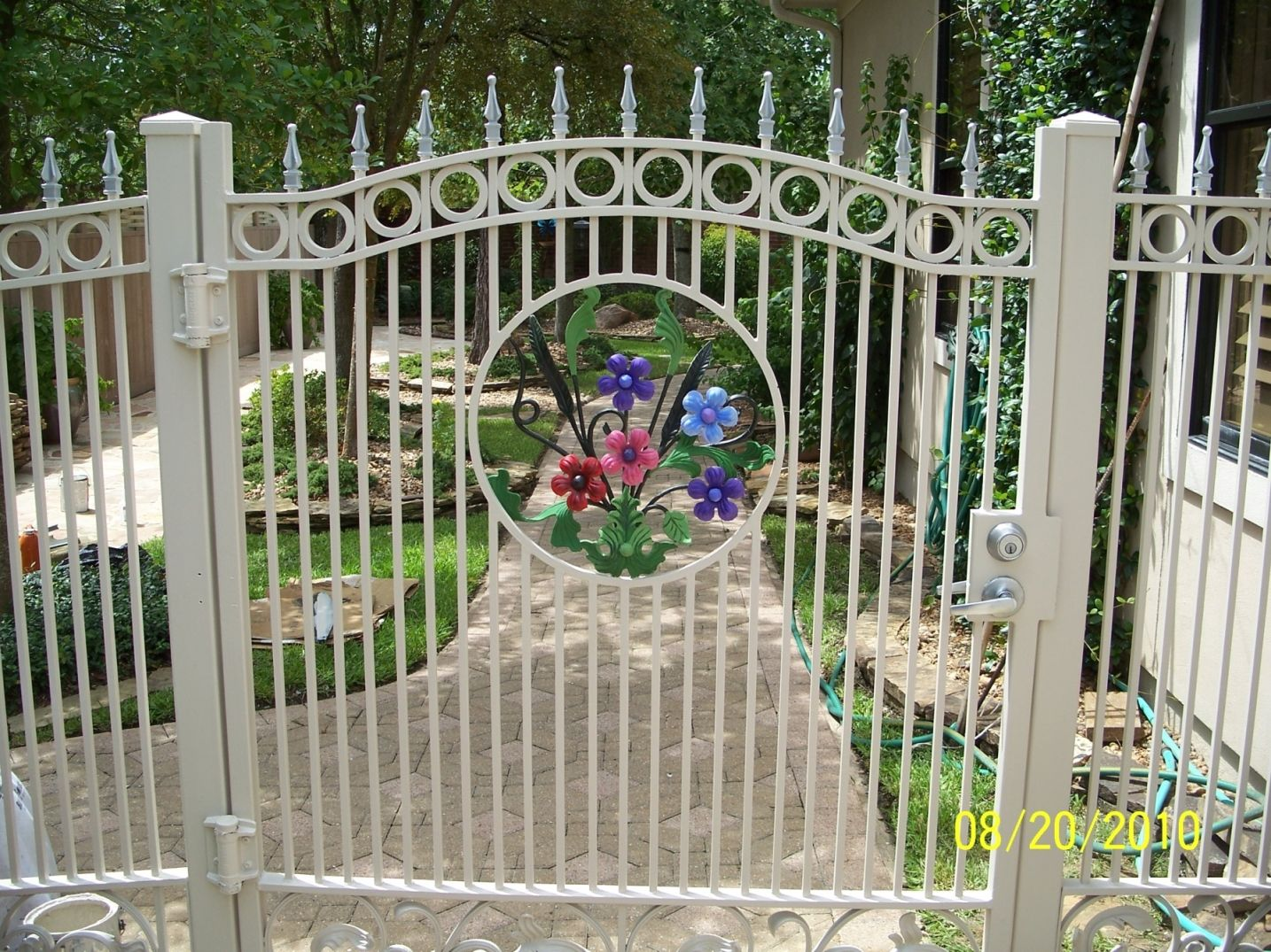 White Painted Finish Wrought Iron Fence Together Topper Fence Top