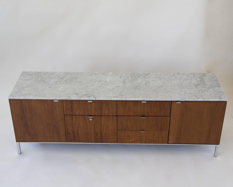 Credenza Con Tope De Marmol : Stow davis marble topped credenza