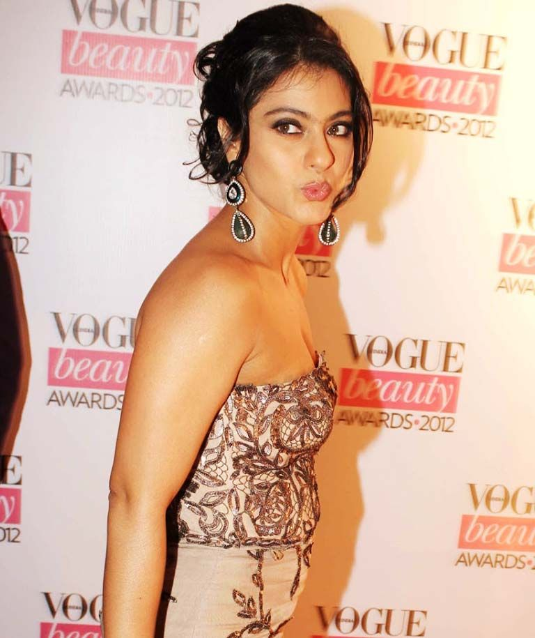 kajol hot photos in Indian actress hot gallery. She is a Bollywood actress.  Kajol