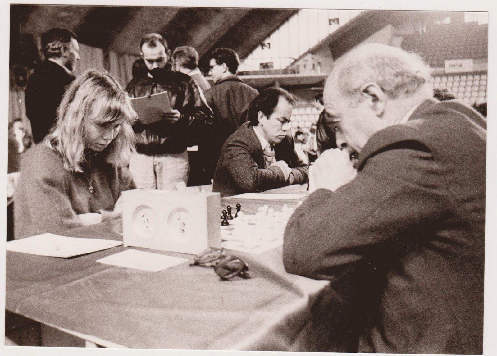 David Bronstein vs Pía Cramling, Oviedo 1992