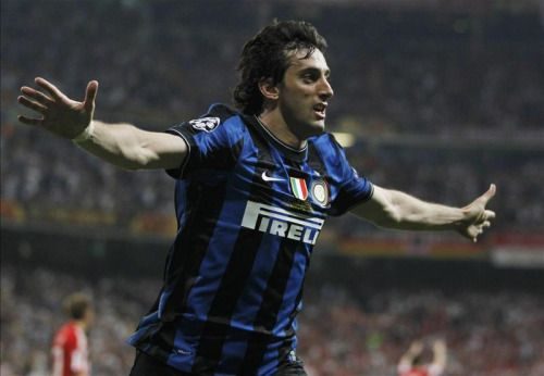 Happy Birthday to Racing Club and legendary Inter Milan striker, Diego Milito! He turns 35 today.