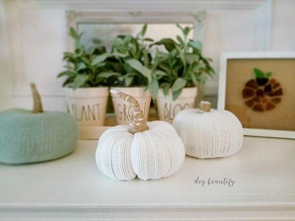 How To Make Pumpkins From Sweater Sleeves Farmhouse Fall Decor Fall Decor Fall Crafts Diy