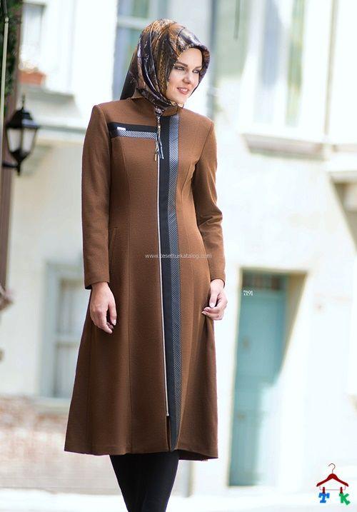Nihle Detayli Kahve Kap Kis 2016 Armine Setrms Kayra Aker Alvina Moda Stilleri Giyim Basortusu Modasi