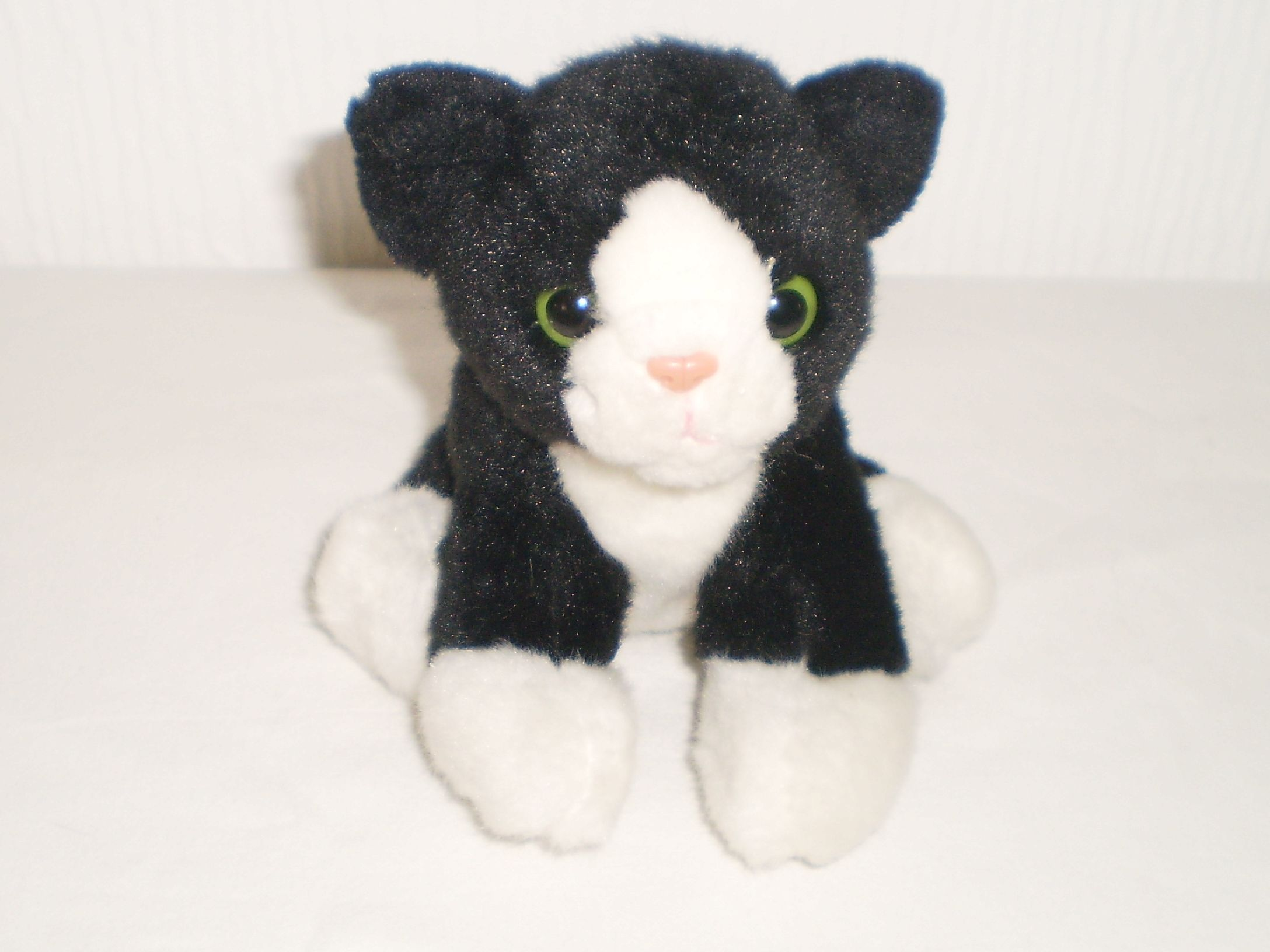 Ark Toys Premier Collection Black & White Cat Kitten Beanie Soft