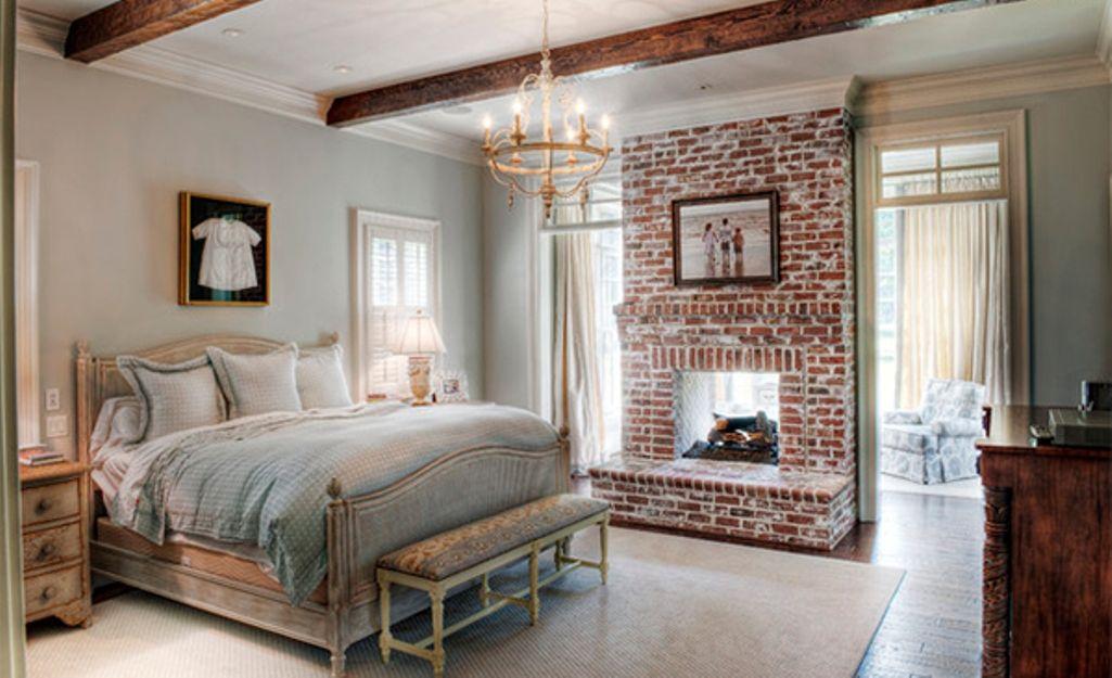 cozy chic bedroom with roof beams - Cozy Bedrooms