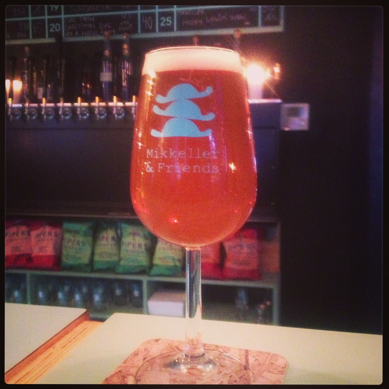 Hippy Lovin Xmas Ipa Mikkeller Mikkeller Friends Stefansgade Norrebro Copenhagen 1 2 2014 Craftbeer Hurricane Glass Glassware Wine Glass