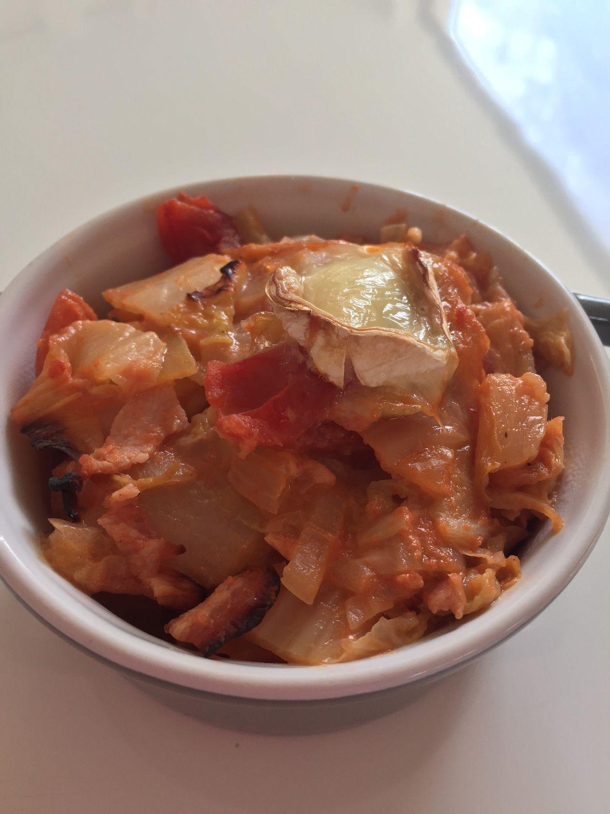 Gratin chou chinois, tomate, bacon et chèvre