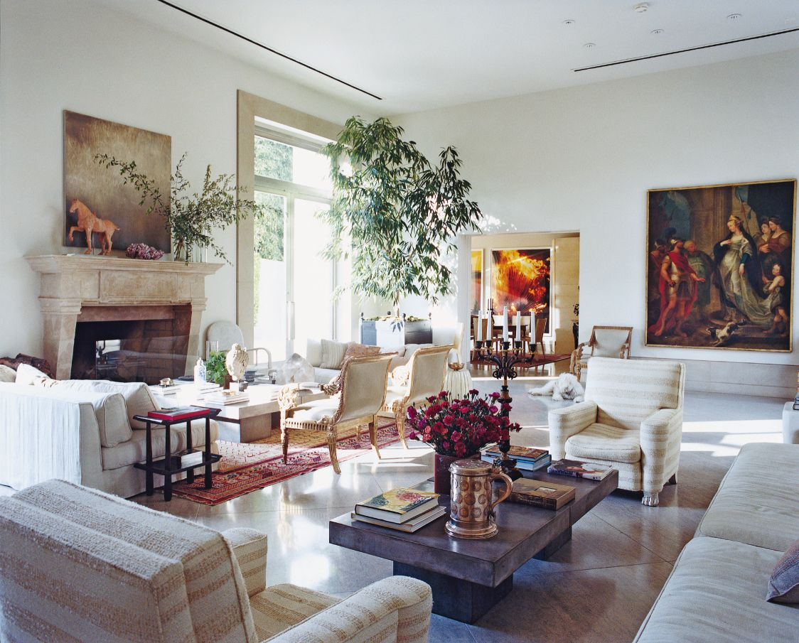 GOING MODERN, STAYING GRAND  Interior designer Michael Smith trades his English country-house style for a soaring 1990s modernist manse.