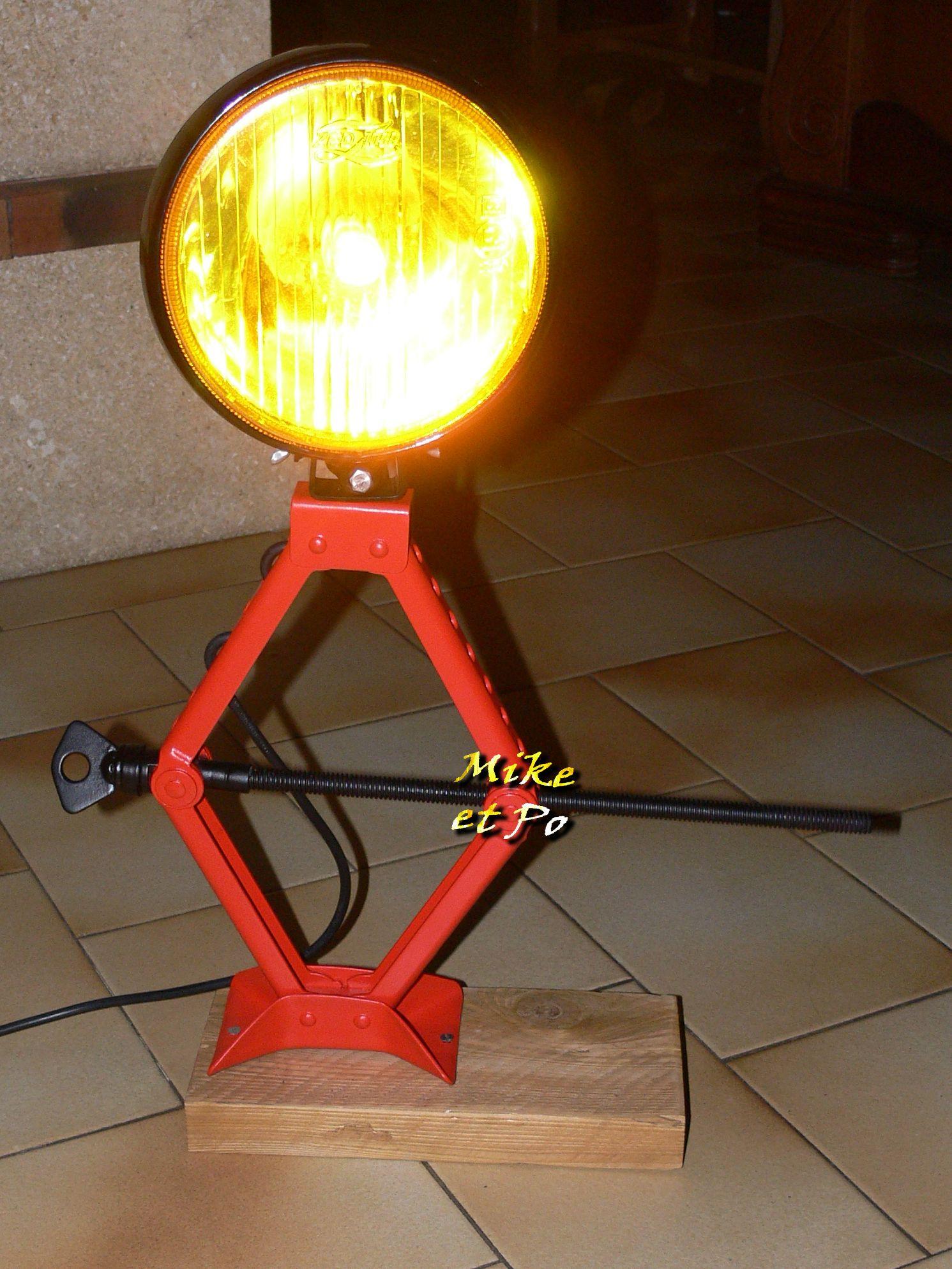 lampe de bureau voiture