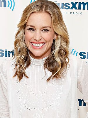 Piper perabo engaged to stephen kay more piper perabo and hair piper perabo engaged to stephen kay sciox Gallery