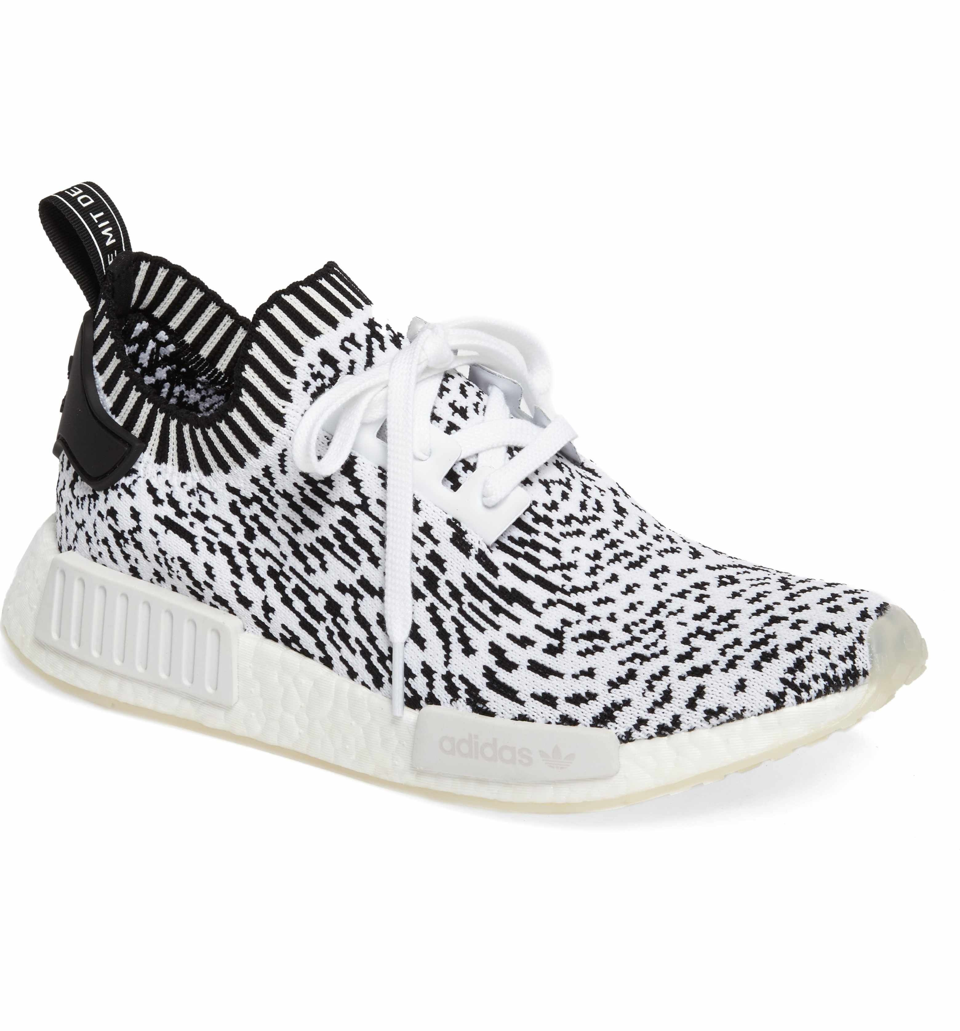 adidas NMD R1 Primeknit Sneaker (Men Chaussures de course nike  Running shoes nike