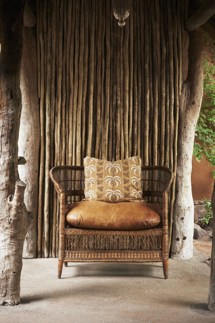 Afrocentric Style Decor   Design Centered On African Influenced Elements  Like The Natural Setting.