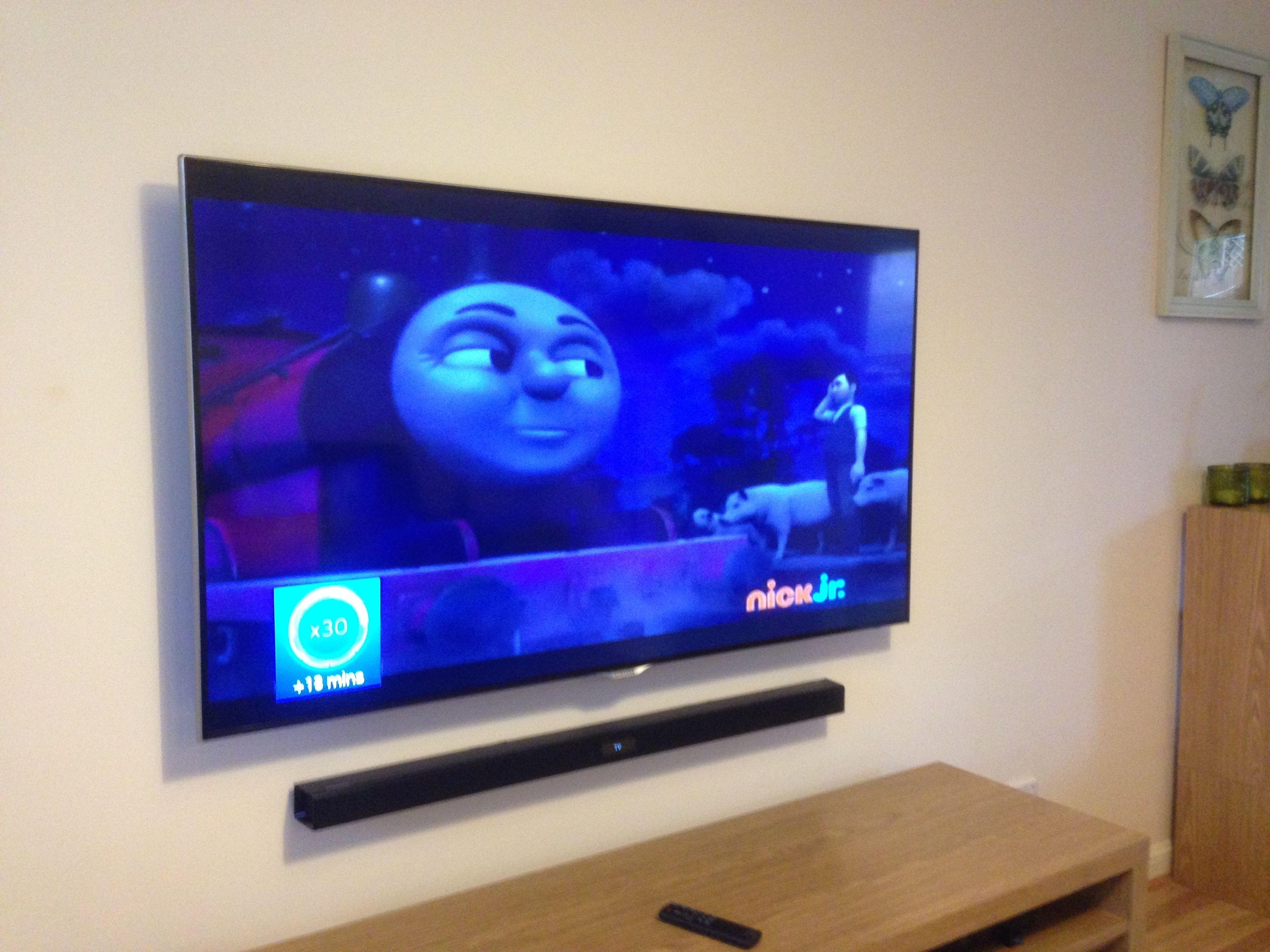 Mounting Tv And Soundbar On Wall Lounge Sitting Room
