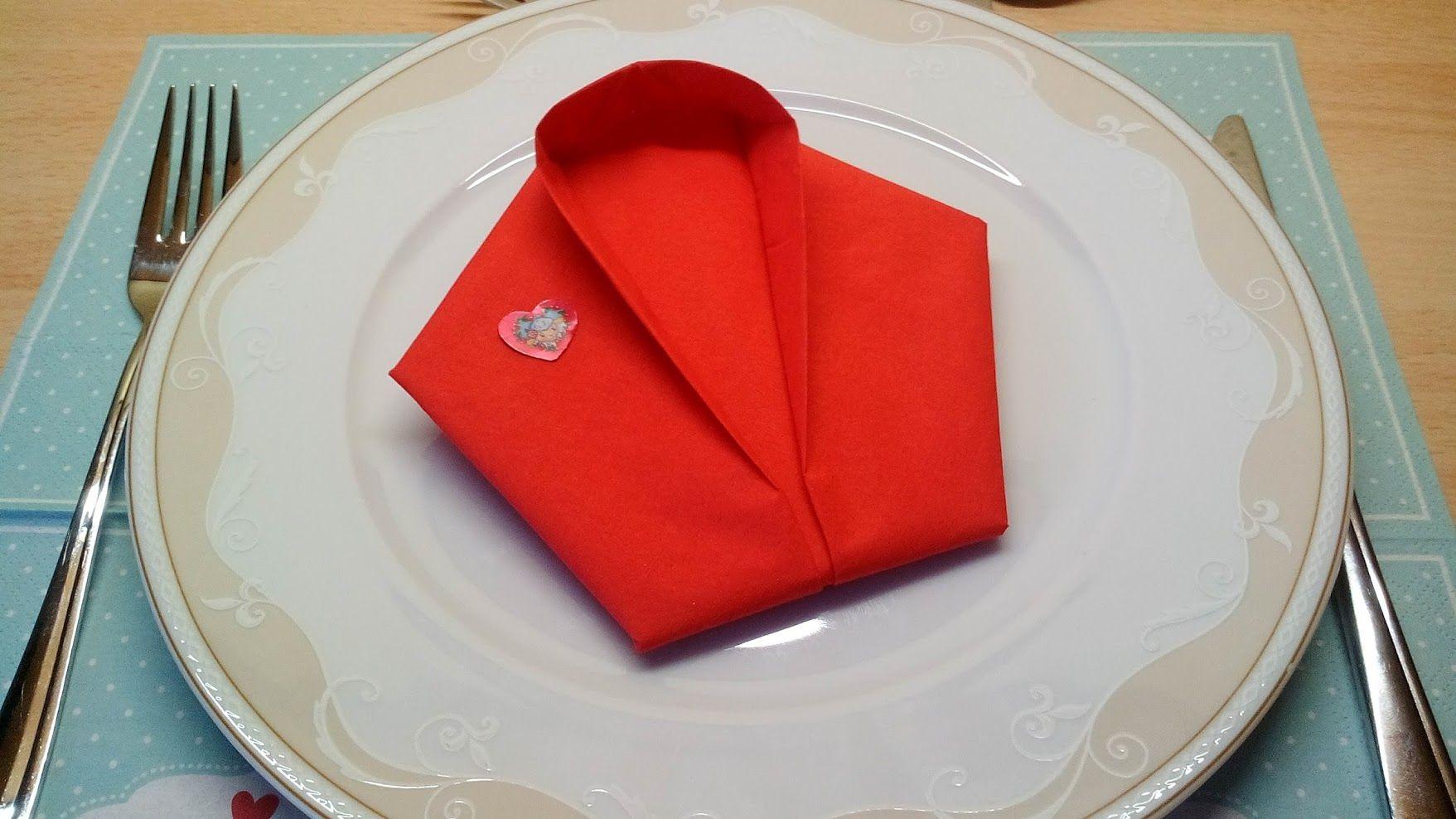 sakko serviettendeko falten photographed napkin folding instructions for a jacket. Black Bedroom Furniture Sets. Home Design Ideas