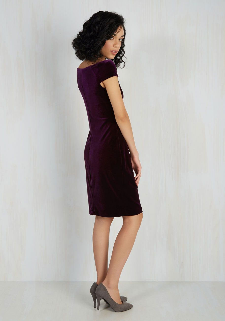 In It to Vim It Dress. Should anyone ask, youre rarin to reveal that you chose to sport this velvet sheath dress for its lively qualities! #purple #modcloth