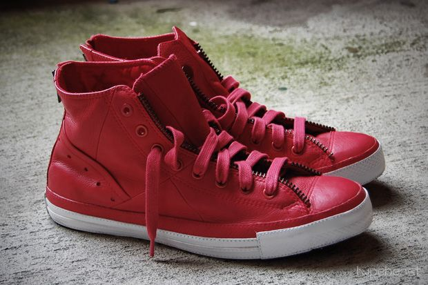 Converse (Product) Red Chucks