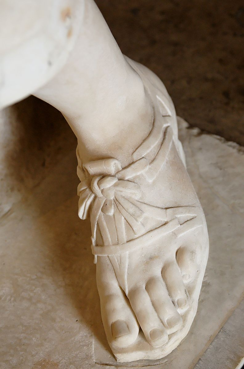 So-called Artemis of Gabii, design of the footwear. Marble, Roman copy of the reign of Tiberius (14-37 CE) after a Greek original traditionnally attributed to Praxiteles. Found in 1792 by Gavin Hamilton at Gabii, Italy.