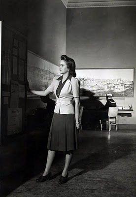 1940 S Fashion In War Time 50er Jahre Mode Mode Pop Art Kunstler