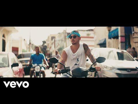 Maluma Quot Sin Contrato Quot Official Music Video Quot Sin Contrato Quot Is Featured On Maluma 39 S Album Prett Latin Music Music Clips Workout Music