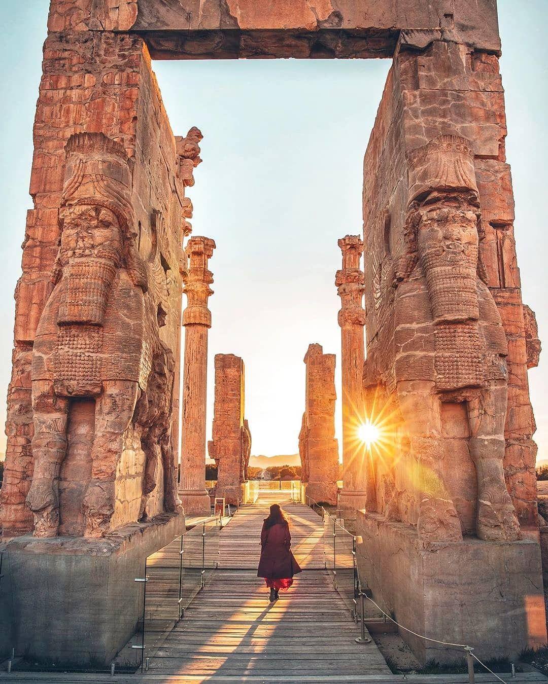 Persepolis Iran World Heritage In 2020 Visit Iran Cyrus The Great Iran Travel