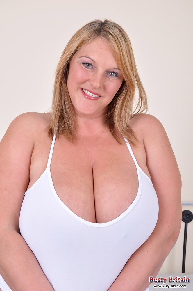 Busty britain photos