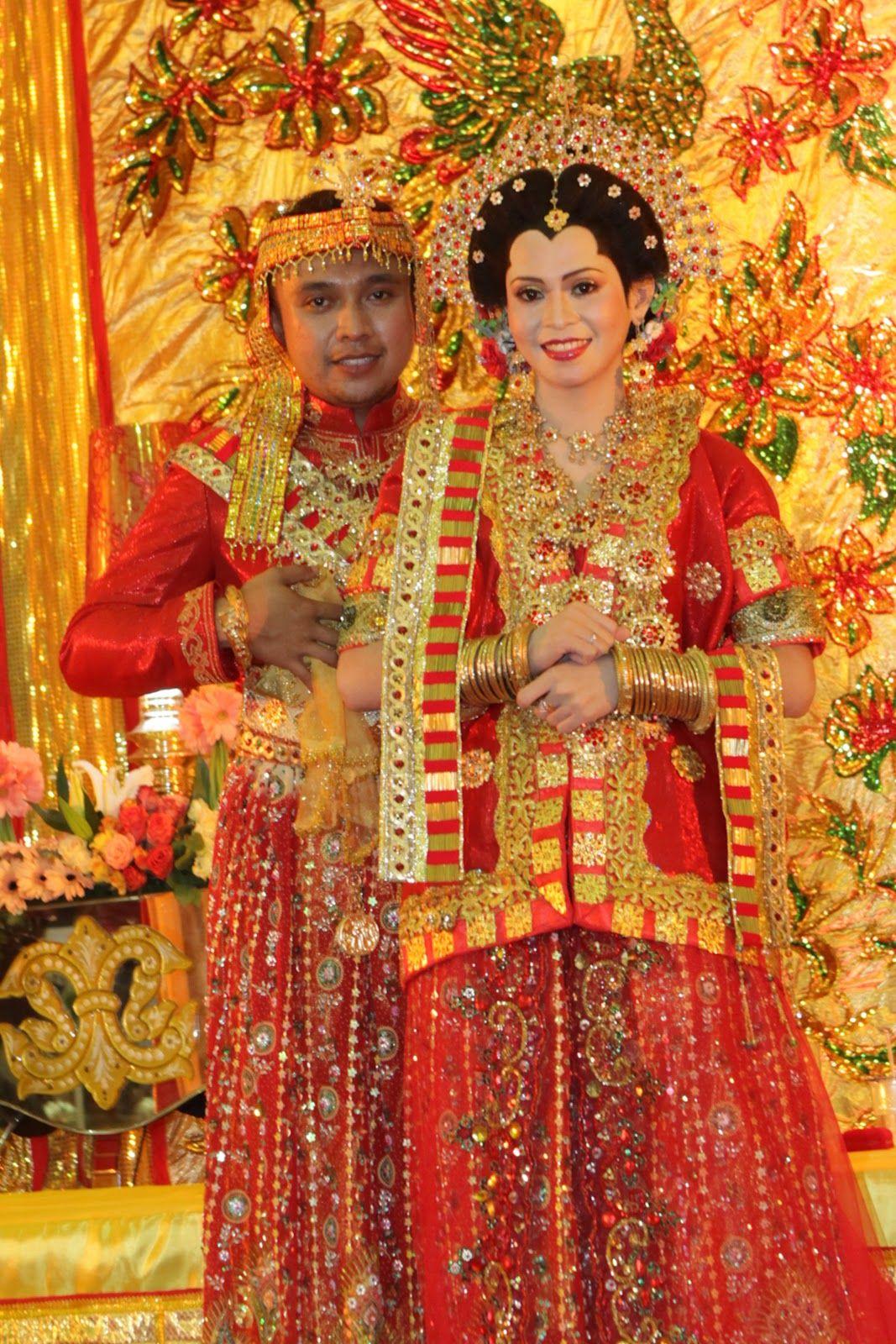 Rumah Pengantin Bugis Makassar  Pengantin, Pakaian pengantin