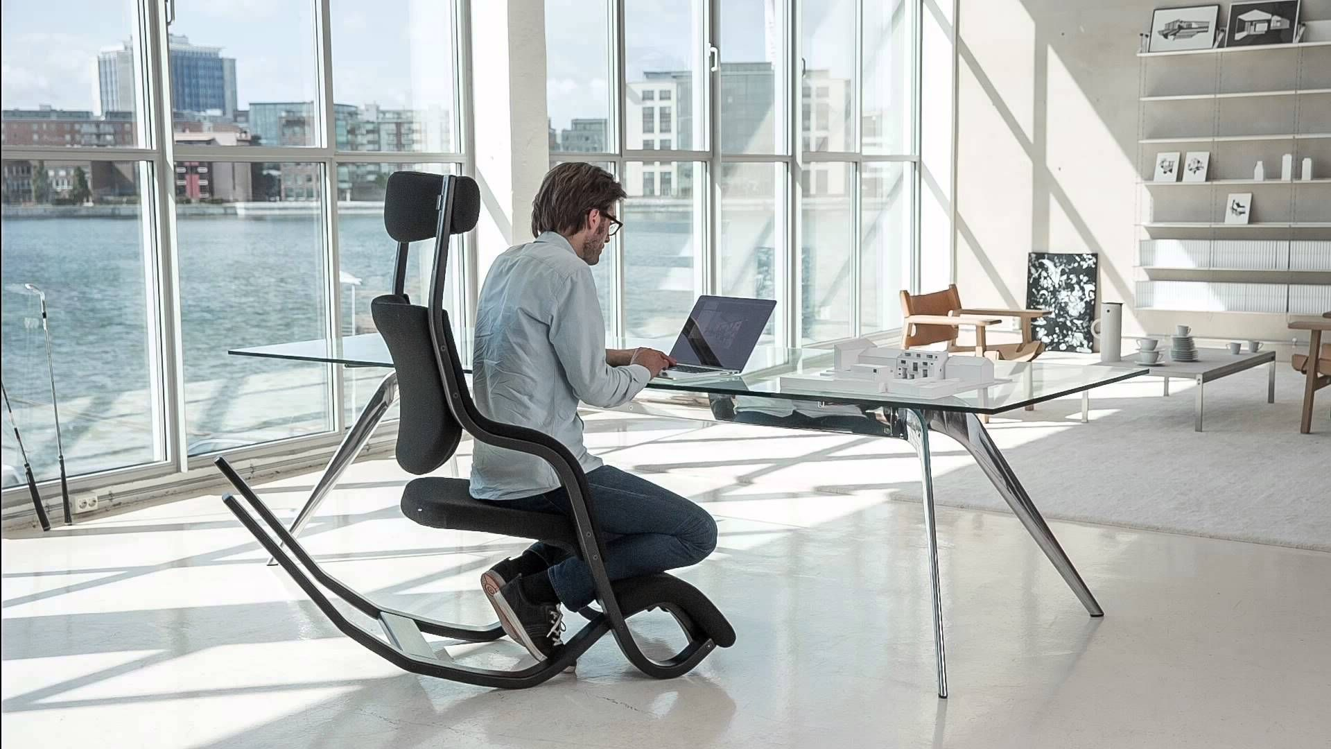 10 Gravity™ balans   Varier Furniture ideas   ergonomic chair ...