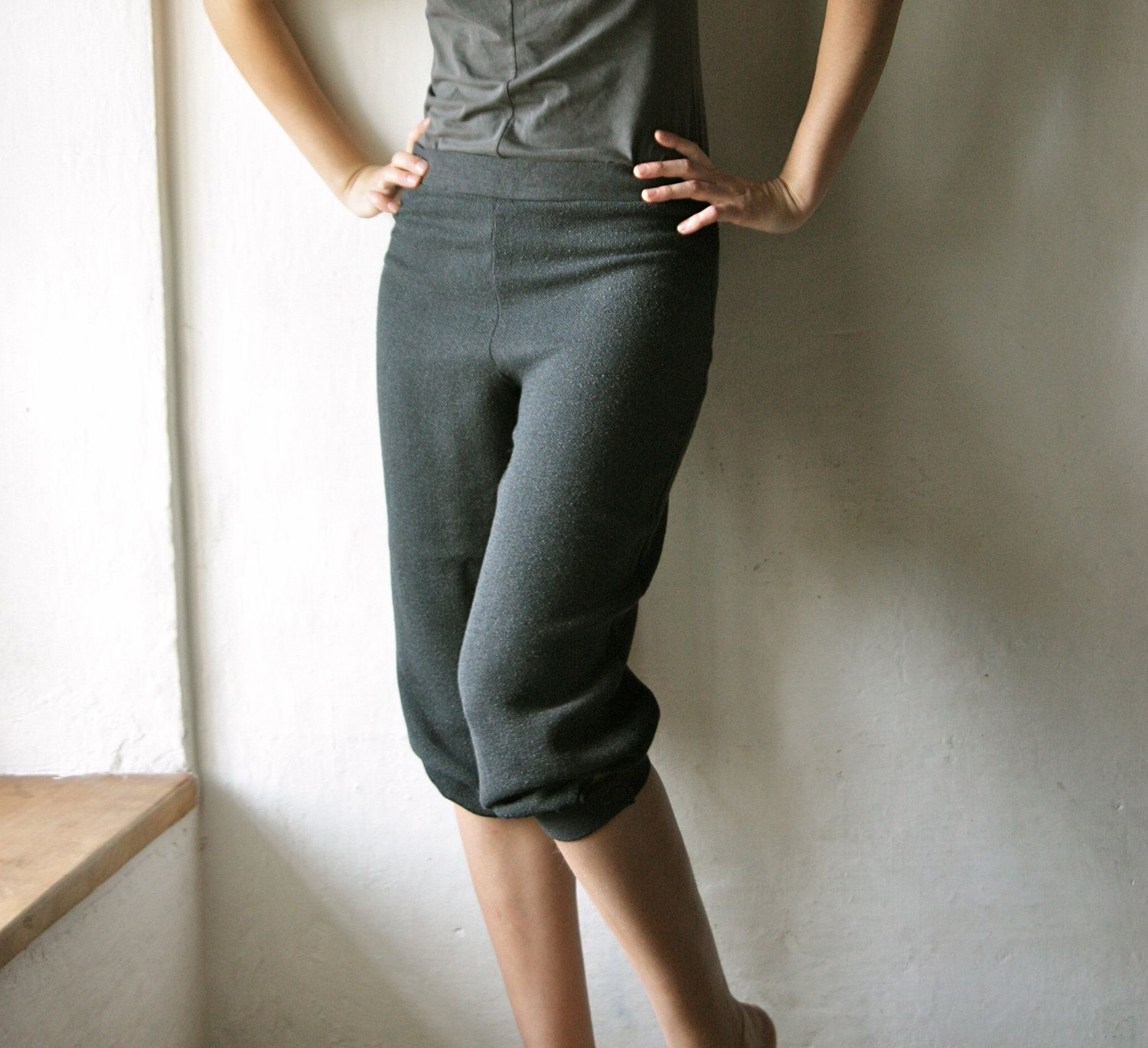 Wool pants, Grey pants, Capri pants, Bloomers, Shorts, Womens ...