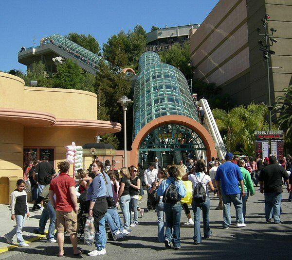 Universal Studios Hollywood Escalators, Los Angeles