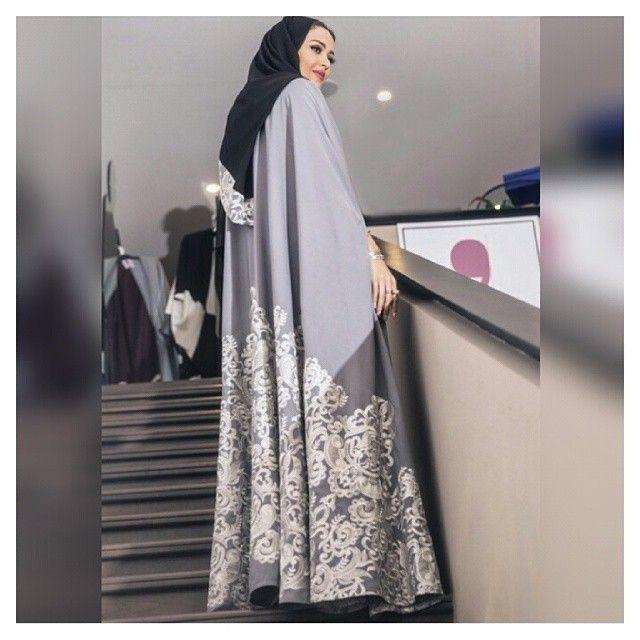 Dressed in a beautiful abaya designed by Mai Shiha, fashion blogger and makeup…