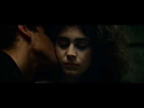 Rachael And Deckard Romantic Scene From Blade Runner Romantic Scenes Blade Runner Love Scenes
