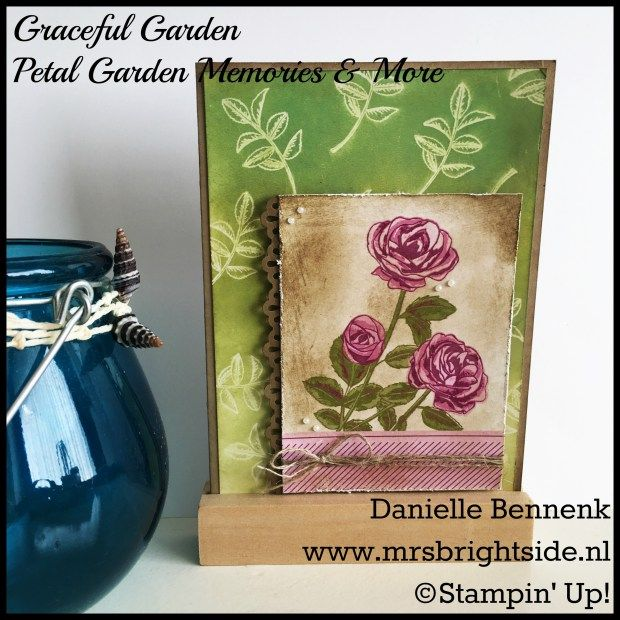 Showing two techniques with glossy cardstock. Faux linen and ghosting technique. Used Graceful Garden and petal garden memories & more by Stampin' Up! - Danielle Bennenk, www.mrsbrightside.nl