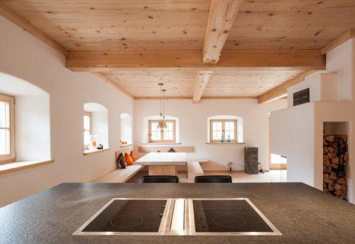 Modernes bauernhaus in altholzoptik haus pinterest for Haus modern einrichten