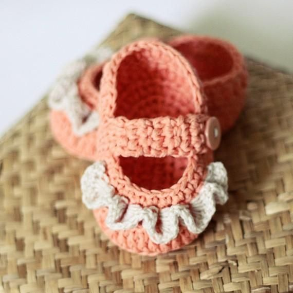 Baby Booties - Ruffle Mary Janes