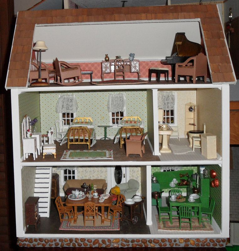 Rgt S Half Scale Colonial House With Tootsietoy Furniture