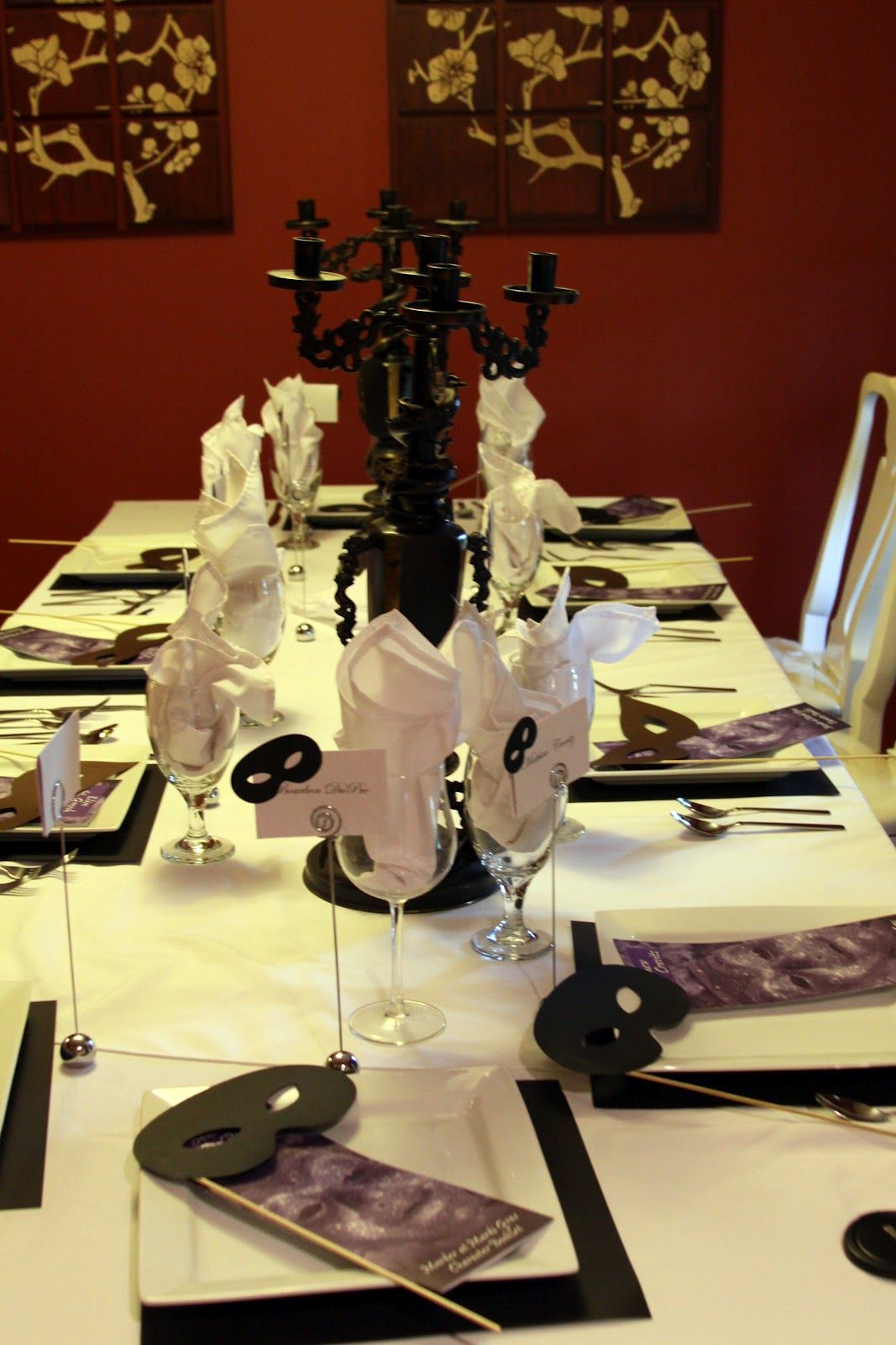 Whodunnit? A CLUE themed dinner party | Halloween dinner parties ...