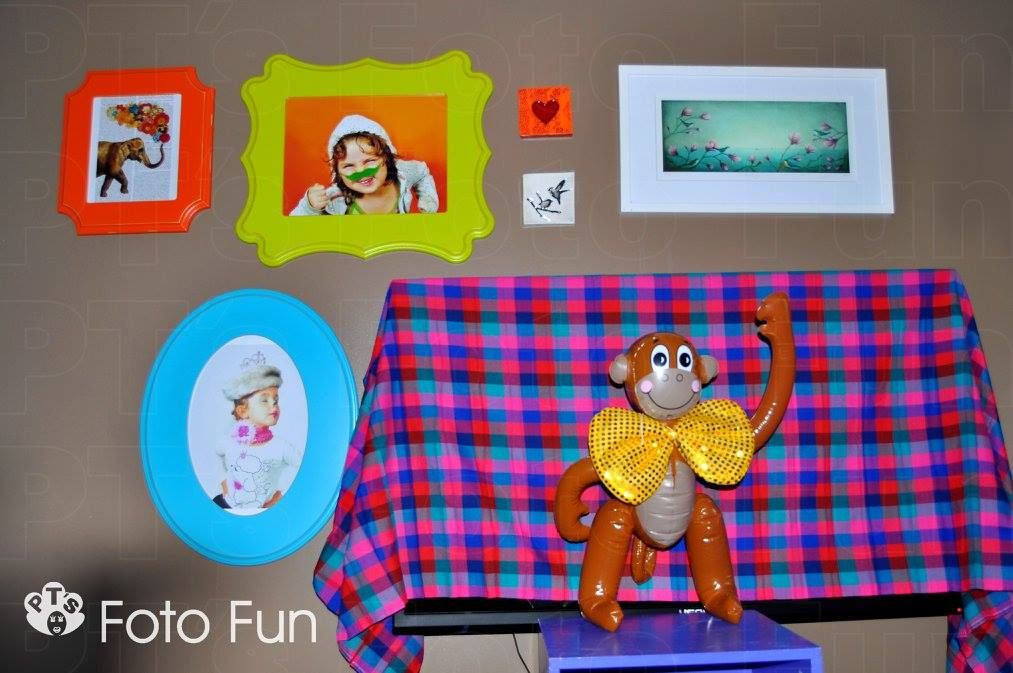 Organic Bloom frames in living room, circus birthday party
