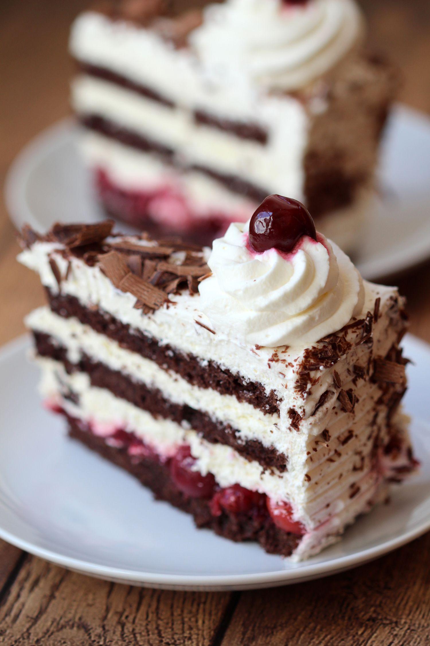 Schwarzwälder Kirschtorte (Black Forest Cake)   Torte