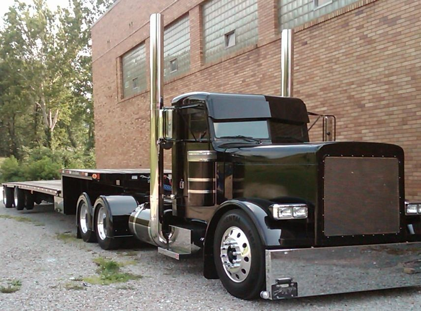 big rig pictures semi check these bbbt s out because all of rh pinterest com