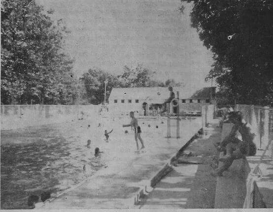 Hatten Park pool, 1965. Are you there, Dad? :)