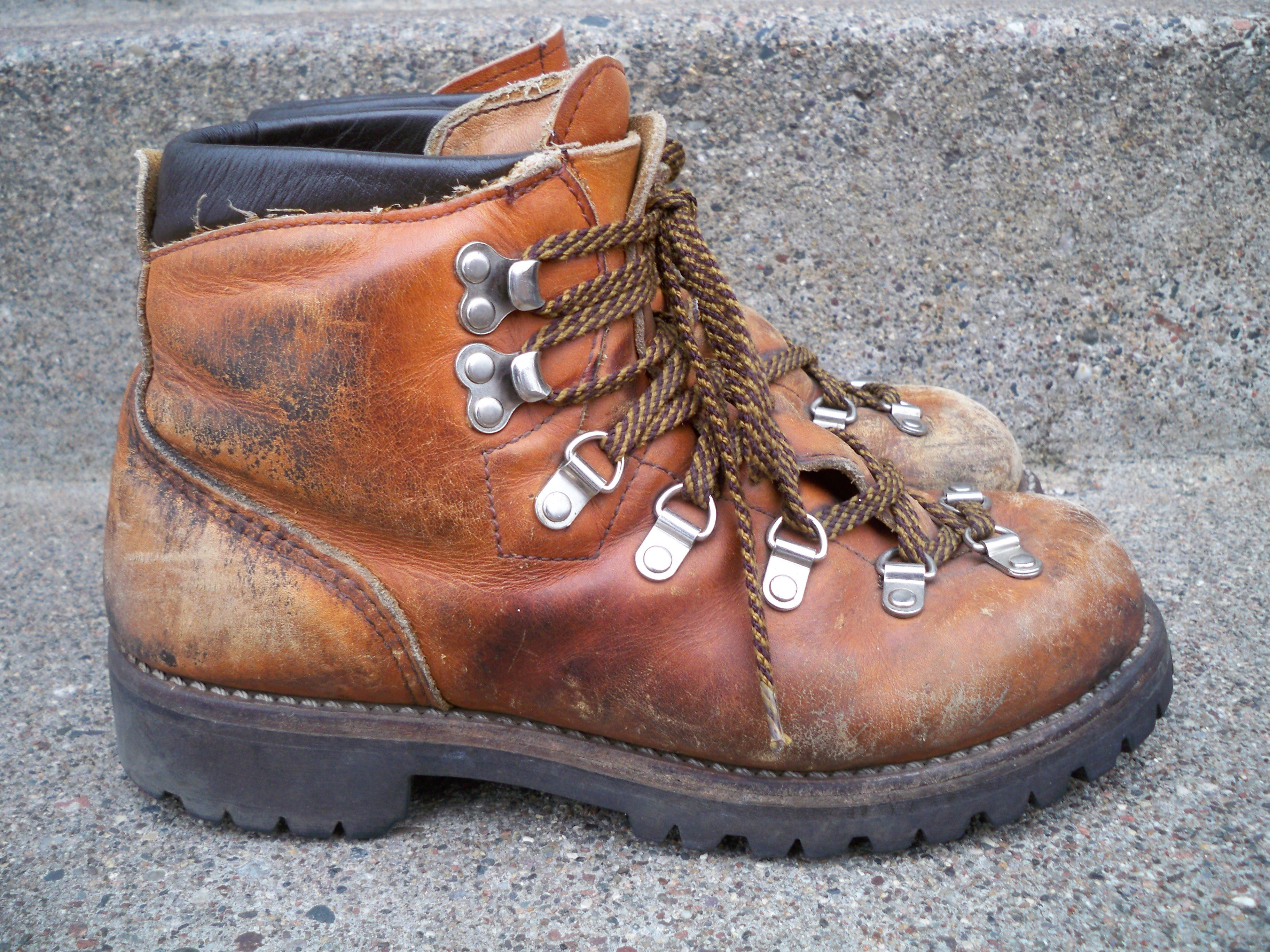 47d4e36f22cad Vintage Red Wing Irish Setter Mountaineering Hiking Stomper Women's ...